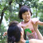 さすが、子どもの遊ぶ笑顔の表情を自然に撮ってくれました! なかなか、子どもと一緒にいる写真を撮ってもらう機会もないので、とっても良かったですー!!